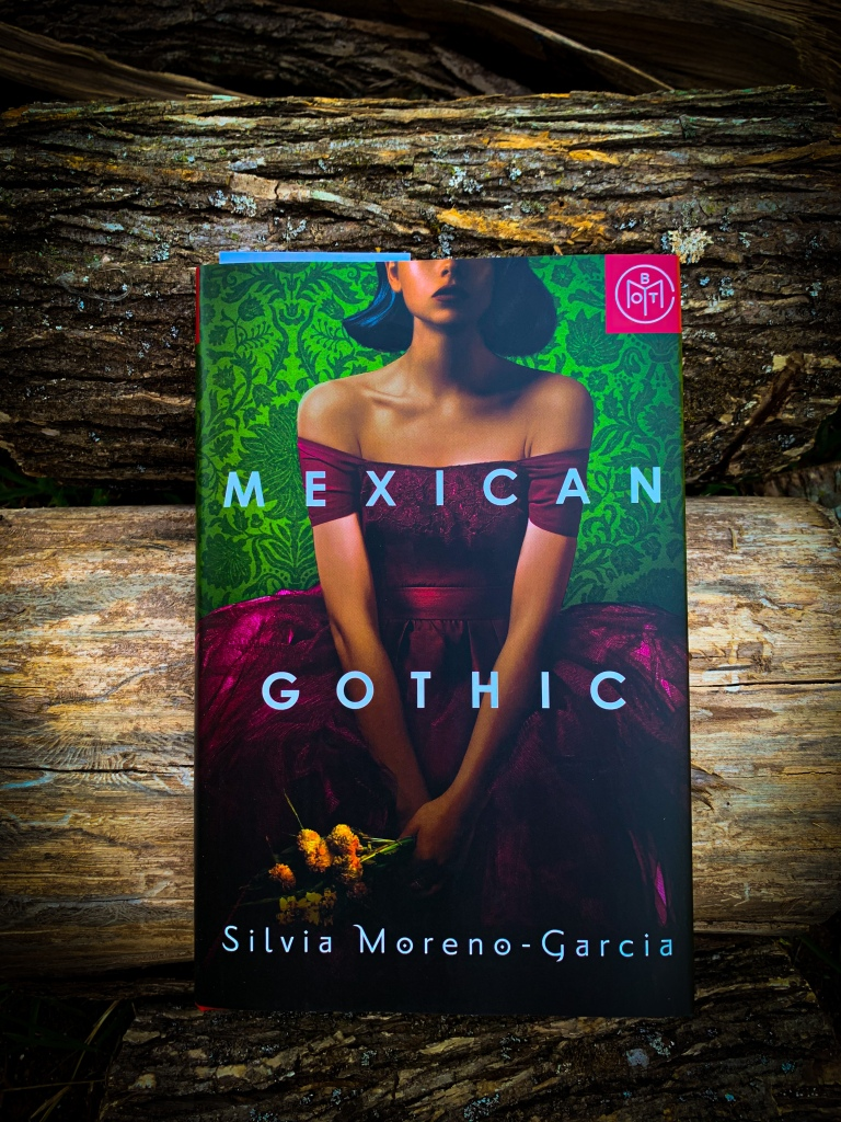 Button to Purchase Mexican Gothic